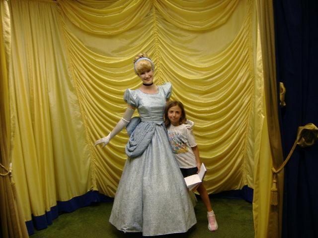 Cinderella Toontown Hall of Fame Magic Kingdom Vacation ...